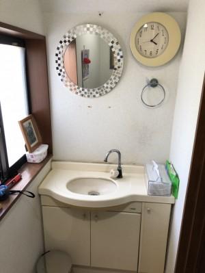 トイレ手洗リフォーム前