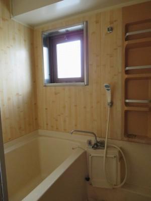 浴室リフォームのビフォー写真