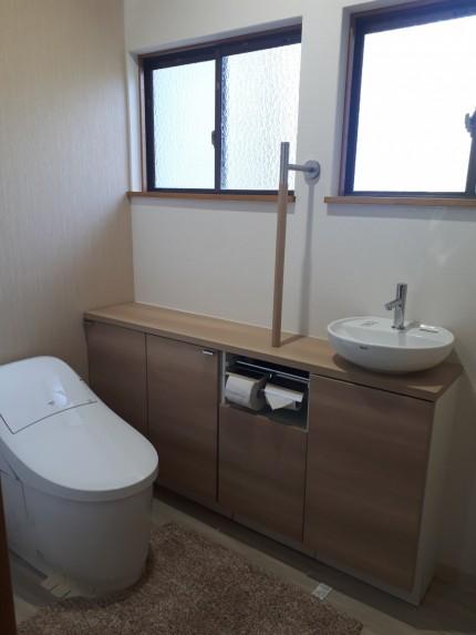 二つに分かれていたトイレを一つに