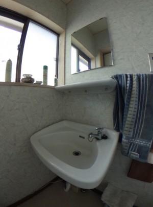トイレ手洗いビフォー