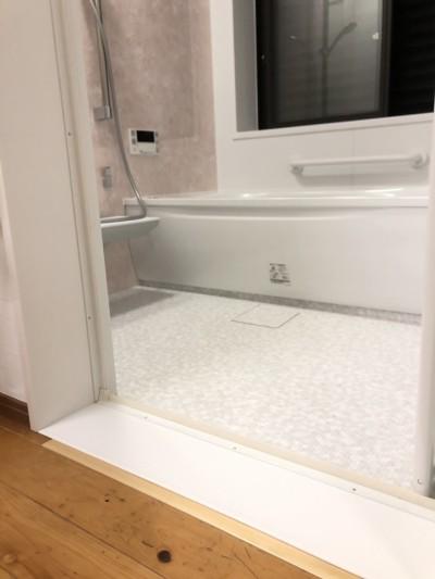 浴室入り口バリアフリー