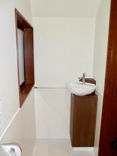 トイレ手洗リフォーム後
