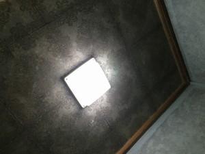 脱衣室天井リフォーム前