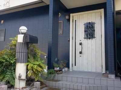 玄関ドア取替えのアフター写真